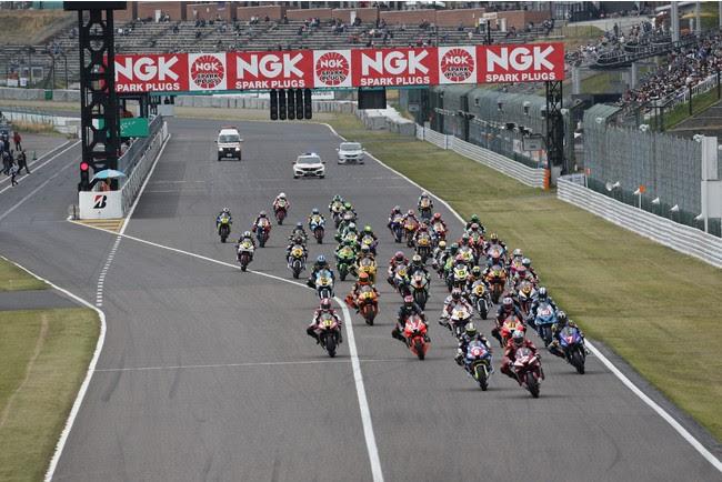 2021年 MFJ全日本ロードレース選手権シリーズ 第2戦 JSB1000クラススタートシーン