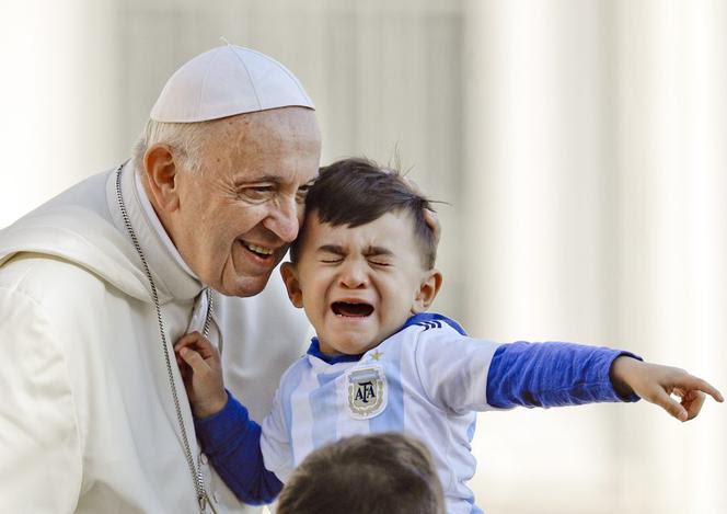 Papież Franciszek potępia pedofilie w kościele