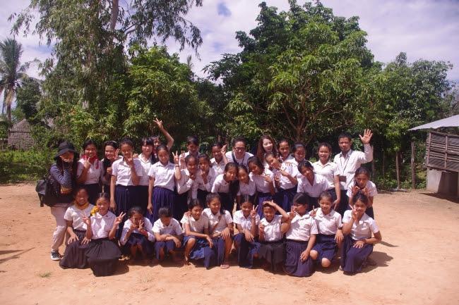 9.カンボジア支援活動(希望小学校)