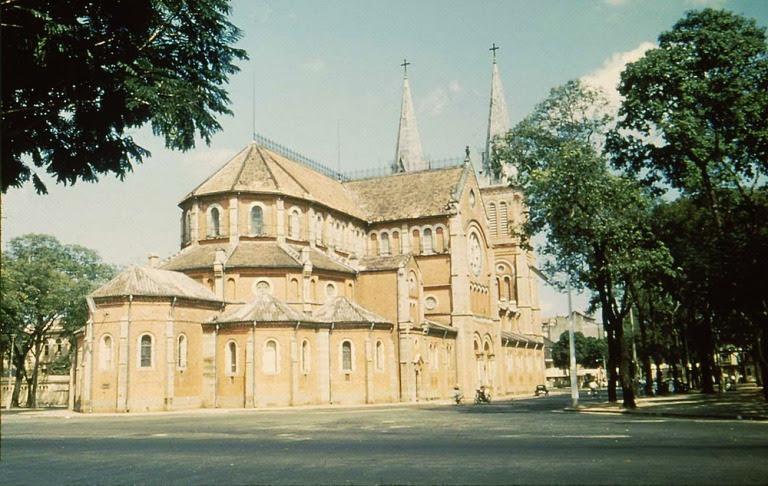 Nhà thờ Đức Bà.