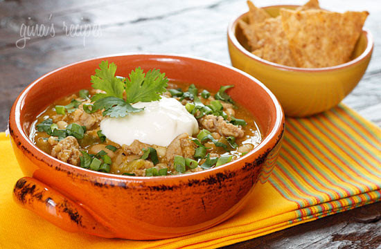 Crockpot-Turkey-White-Bean-Pumpkin-Chili-550x360