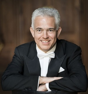 Christoph Campestrini conductor