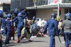 Профсоюзы осуждают нарушения прав в Зимбабве