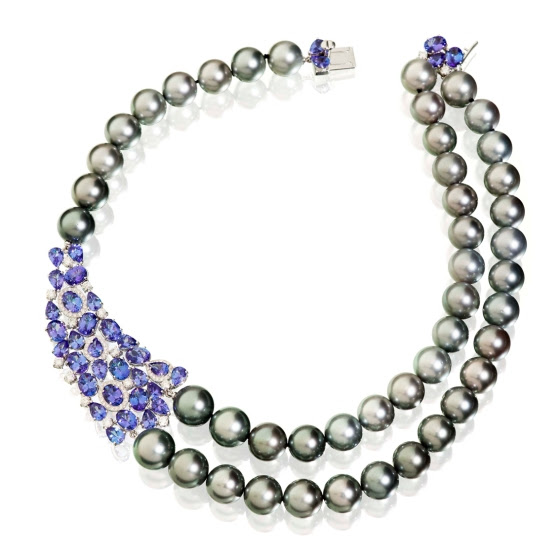 utopia_masterpieces_Necklace in white gold, white diamonds, blue tanzanite, Tahitian pearls.jpg