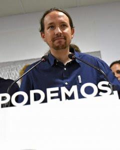 El Secretario General de Podemos, Pablo Iglesias, durante la rueda de prensa que ha ofrecido en la sede de la formación en Madrid, valorando los resultados en las elecciones catalanas. EFE / Fernando Villar.
