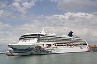 Norwegian Cruise Line Norwegian Spirit 07 IMO 9141065 @chesi.JPG