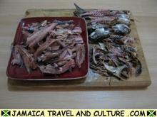 Mackerel Run Down - Removing mackerel heads and bones