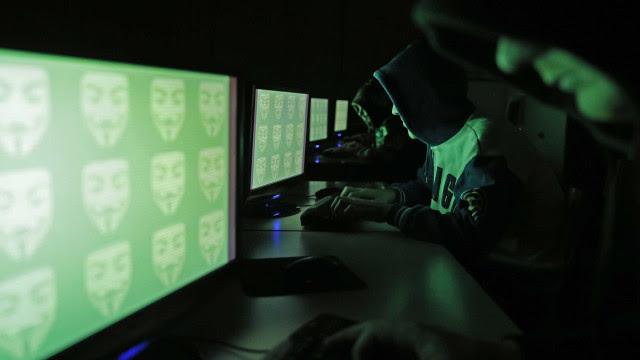 Lei com penas mais duras contra crimes cibernéticos é sancionada