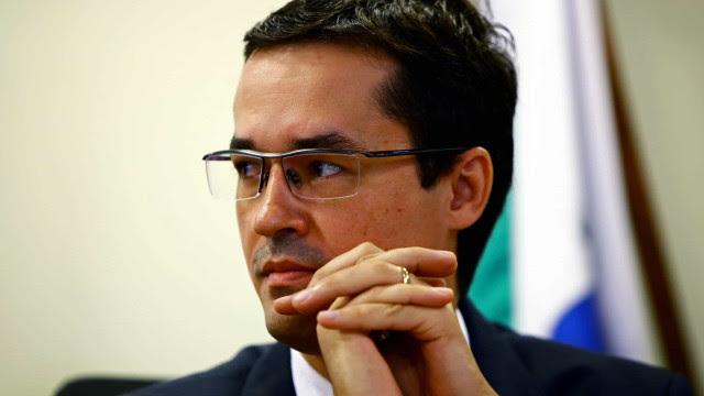 Celso de Mello decide suspender processos contra Deltan