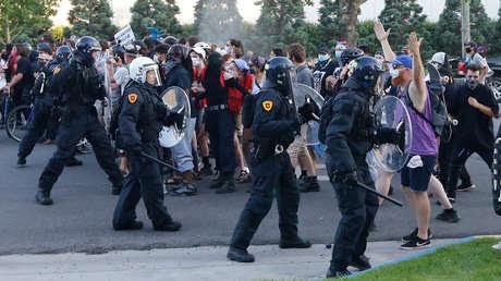 El gobernador de Utah declara el estado de emergencia tras enfrentamientos en Salt Lake City (VIDEOS)