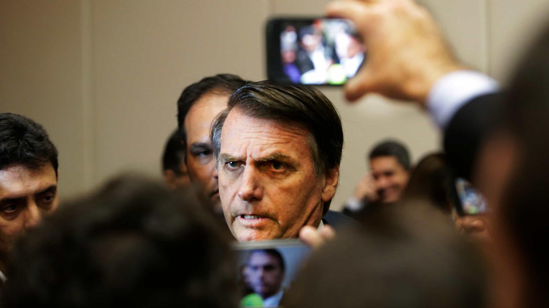Chefe da PF em Minas contradiz Bolsonaro
