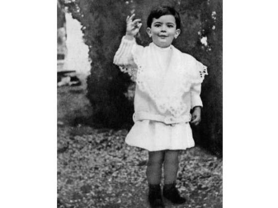 Fotografía de Salvador Dalí de niño
