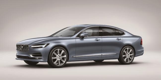 S90 T6 AWD インスクリプション ボディカラー:マッセルブルーメタリック