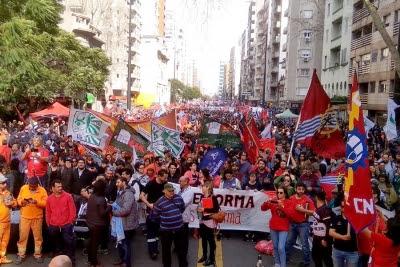 """Abdala: """"No subestimen a los trabajadores, no subestimen al pueblo"""""""