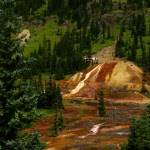 """Minewater Spill Creeps Its Way Into Animas River"""