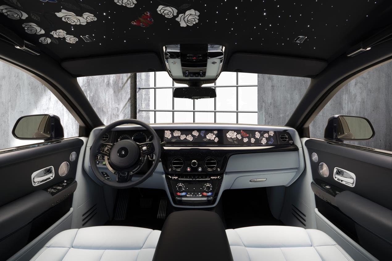 Rolls Royce Rose Phantom__Interior_Front_Main_Base_Image courtesy Rolls-Royce Motor Cars