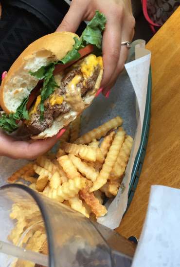 5 Incredible Experiences In The Twin Cities | Things To Do In The Twin Cities | Things To Do In Minneapolis St. Paul | Minnesota, USA | USA Travel | Juicy Lucy