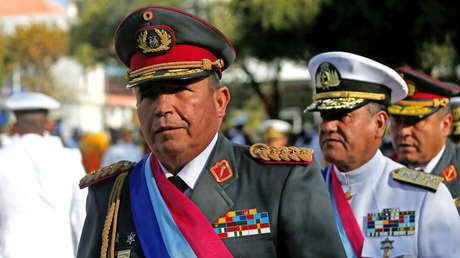 """Jefe de las Fuerzas Armadas de Bolivia: """"Nosotros no hemos impuesto ningún presidente"""""""