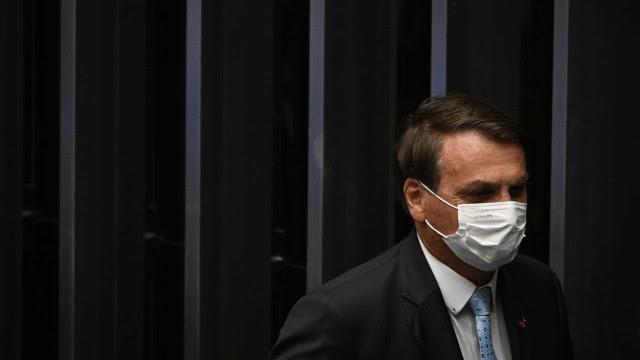 Bolsonaro segue acordo com Congresso e sanciona Orçamento com vetos