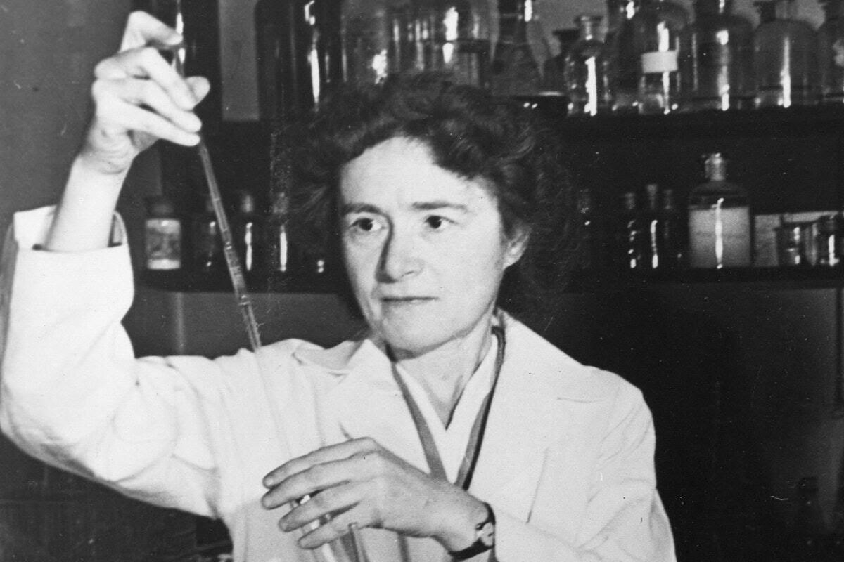 The biochemist Gerty Cori working in the lab