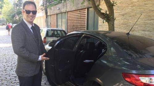 Kadu, motorista com deficiência auditiva da Uber - conseguiu realizar seu sonho