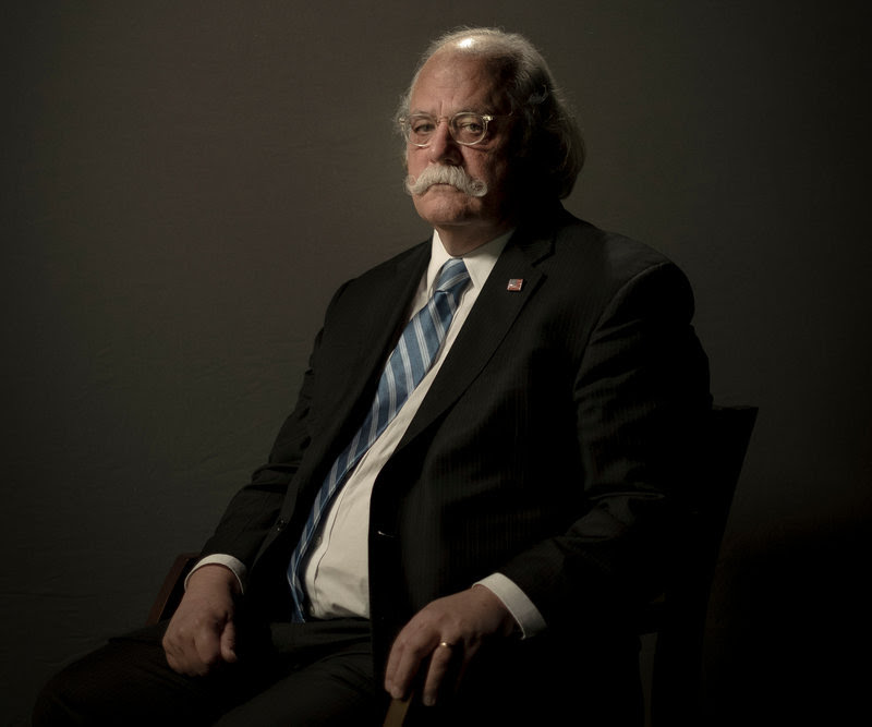 Ty Cobb, the White House lawyer handling the response to the Russia investigation, said President Trump had instructed all White House staff members to cooperate with Robert S. Mueller III's team of investigators.