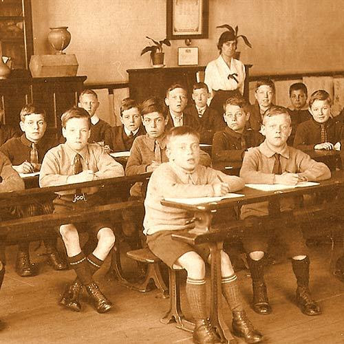 Classroom 1919