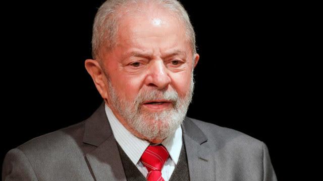 Lula recebe alta após ser internado com bacteremia