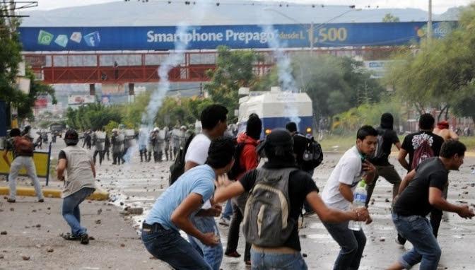 Atacados por el terrorismo de Estado: Pobladores y gremios paralizan a Honduras