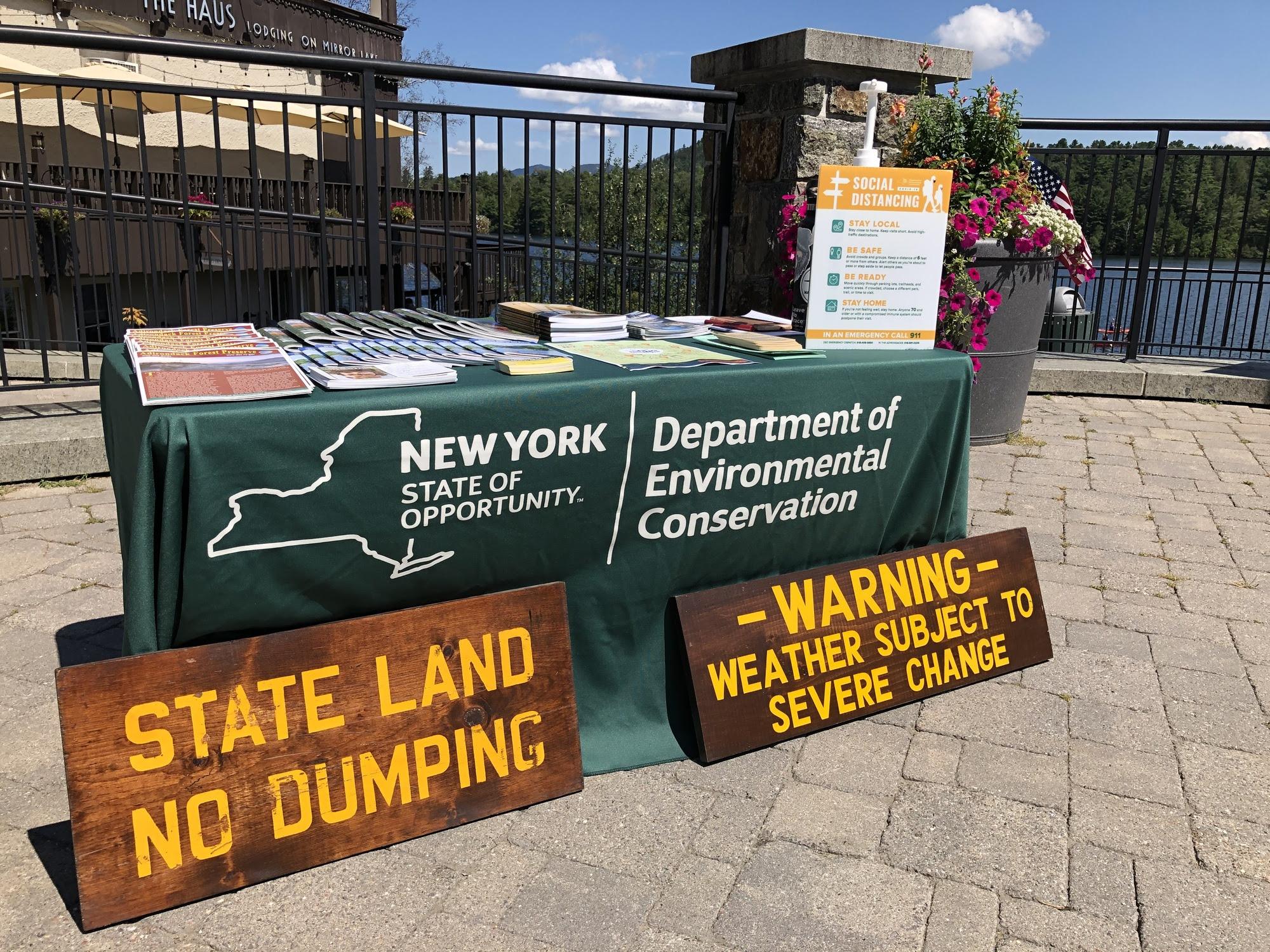 Hiker Information Station