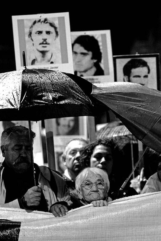 Luisa Cuesta, ayer, durante la 19 marcha del Silencio por la Avenida 18 Julio en Montevideo /Foto: Nicolás Celaya