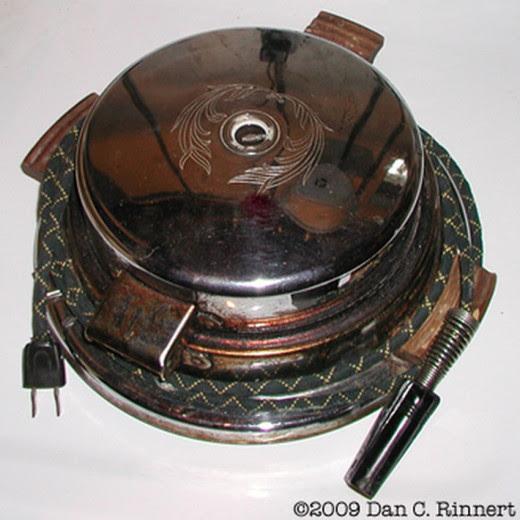 The old vintage waffle Iron