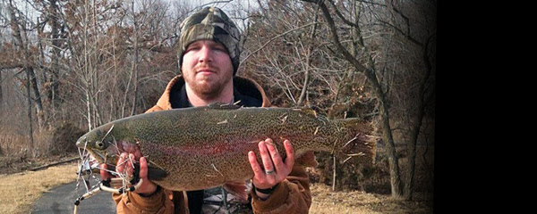 NEW STATE RECORD RAINBOW TROUT TIPS SCALES AT 15.72 POUNDS