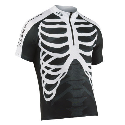 http://www.awin1.com/cread.php?awinmid=1857&awinaffid=3622&clickref=&p=http%3A%2F%2Fwww.wiggle.co.uk%2Fnorthwave-skeleton-short-sleeve-jersey%2F