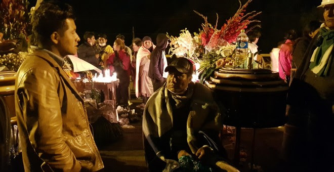Imágenes del funeral de César Cipe, uno de los fallecidos por la represión de las autoridades bolivianas. / A. Favio Rodríguez