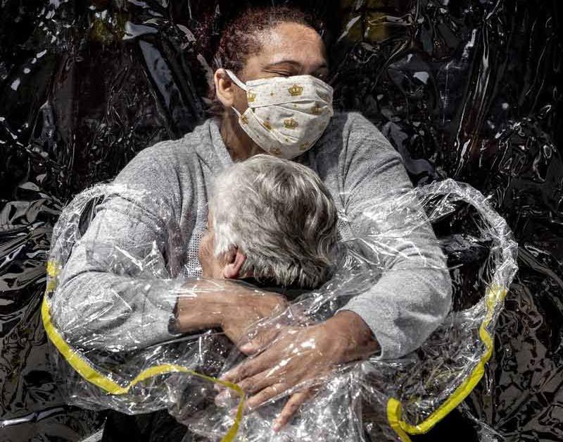 War, hunger, locusts, fire and pestilence: World Press Photo return