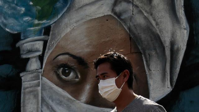 Brasil registra média móvel de 1.015 mortes pela covid; 28.061 novos casos em 24h