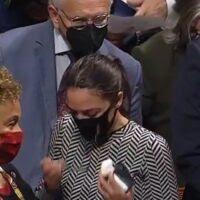 Video: Ocasio-Cortez embarrasses herself on the House floor