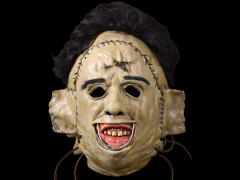 TRICK OR TREAT HALLOWEEN MASKS & PROPS
