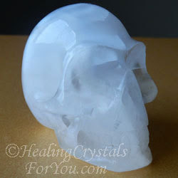 selenite-skullie-sq250.jpg.pagespeed.ce.futz2i dxG