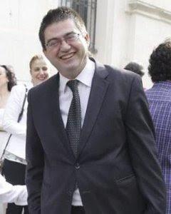 Sánchez Mato (derecha) tras la investidura de Carmena./ EFE