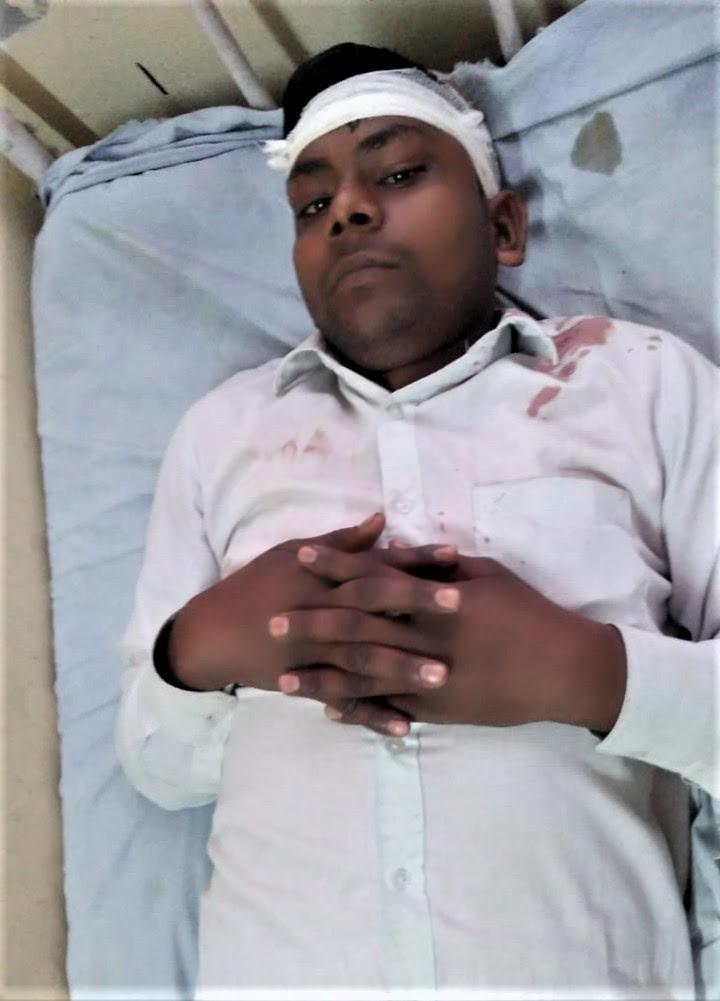 Hindu extremist attack in Chapar, Uttar Pradesh, India left Mukesh Kumar with head injuries. (Morning Star News)