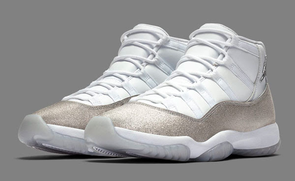 Air Jordan XI WMNS ''Metallic Silver''