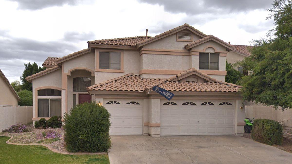 2610 S Keene Mesa, AZ 85209 Wholesale properties