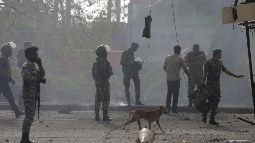 VIDEOS: Momento exacto de una explosión cerca de una iglesia mientras se desactivaba una bomba en Sri Lanka
