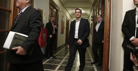 El primer ministro griego,  Alexis Tsipras, a su llegada a la primera reunión del consejo de ministros. REUTERS/Alkis Konstantinidis