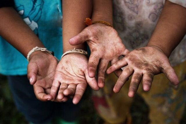 Kinderarbeit (Bild: shutterstock.com/T Von TairA)