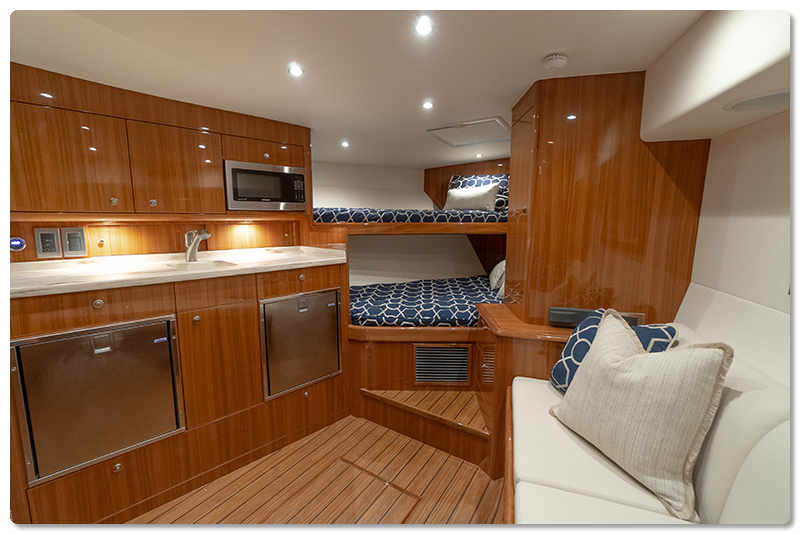another shot of interior 38 viking