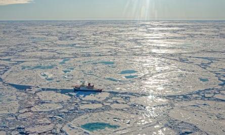 Les chercheurs craignent que les découvertes de la mer de         Laptev puissent signaler qu'une nouvelle boucle de rétroaction         climatique a été déclenchée.
