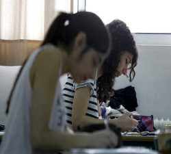 Μειώνονται δραστικά οι ειδικότητες στα σχολεία
